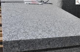 granitplatten nach mass 100 frost witterungs tausalzbest ndig geflammt gestockt. Black Bedroom Furniture Sets. Home Design Ideas